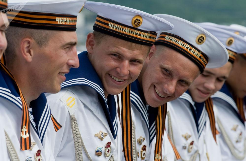 Námořníci raketového křižníku Moskva