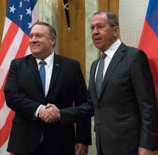 Americký ministr zahraničí Mike Pompeo a ruský ministr zahraničí Sergej Lavrov v Soči, 14. května 2019