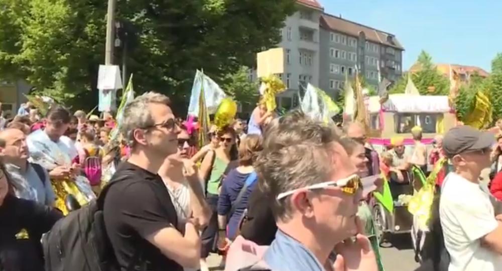 Evropa pro všechny. V Berlíně probíhá antinacionalistická demonstrace