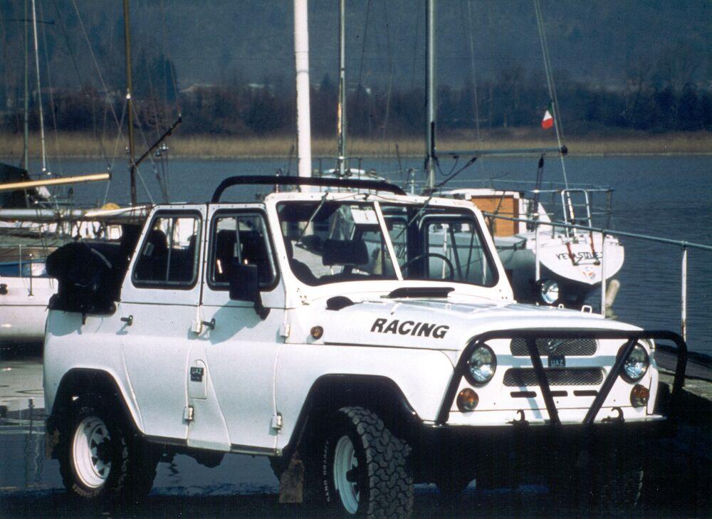 V roce 1999 několik nadšenců založilo organizaci UAZ Italie, která sjednotila fanoušky této značky v zemi.