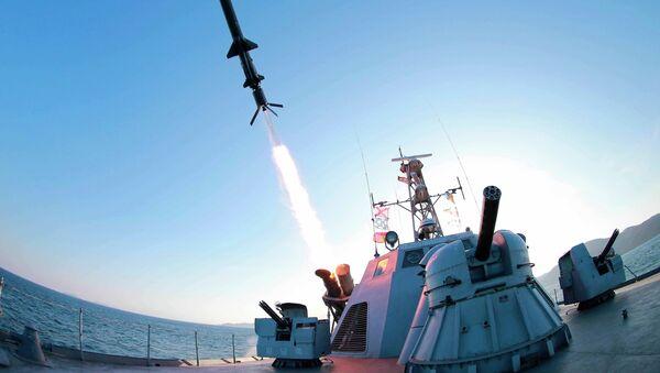 Vypálení rakety KLDR - Sputnik Česká republika
