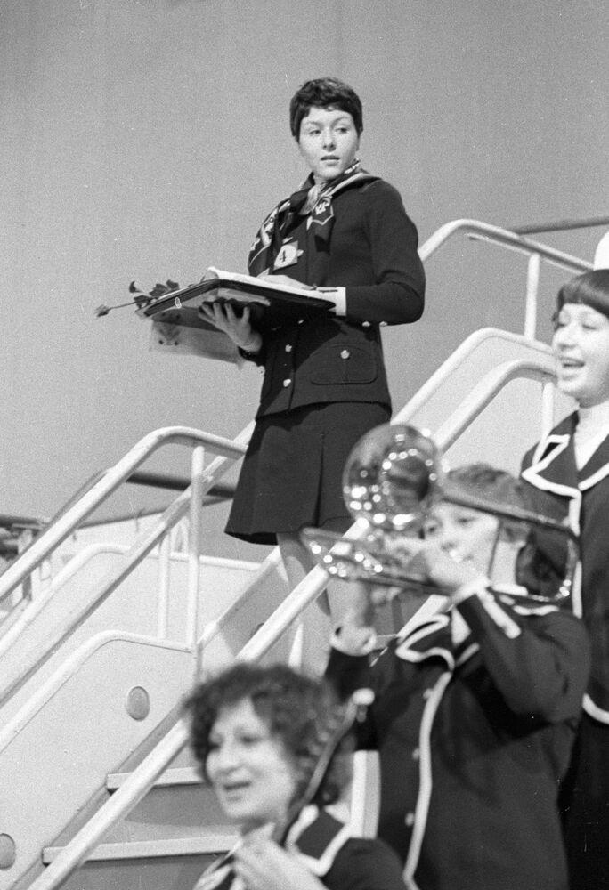 Irina Baženova, vítězka mezinárodní soutěže letušek socialistických zemí, 1977