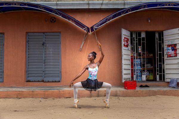Student nigerijské akademie tance - Sputnik Česká republika