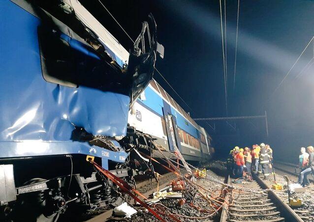 Srážka vlaků u Českého Brodu (14. 07. 2020)