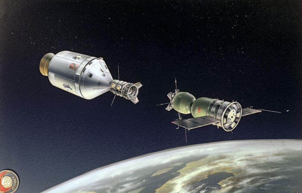 Kresba ilustrující historické spojení lodí Sojuz-Apollo.