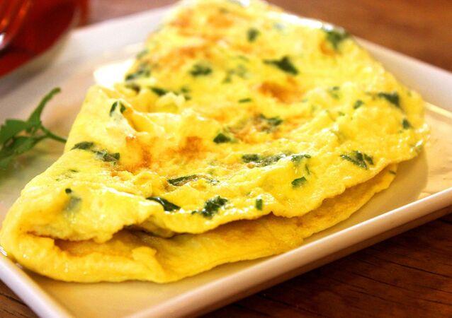 Omeleta na talíři