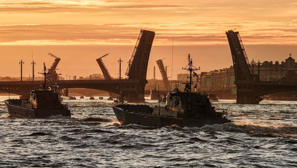 Ruské loďstvo na zkoušce přehlídky ke dni ruského námořnictva - Sputnik Česká republika