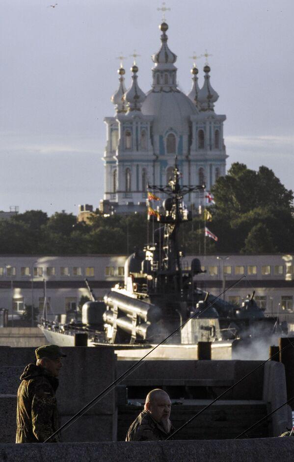 Репетиция парада в честь Дня Военно-морского флота - Sputnik Česká republika