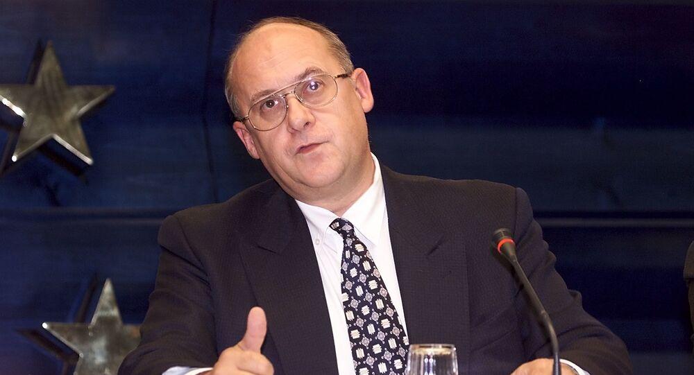 Český ministr zahraničních věcí Jan Kavan v roce 2000