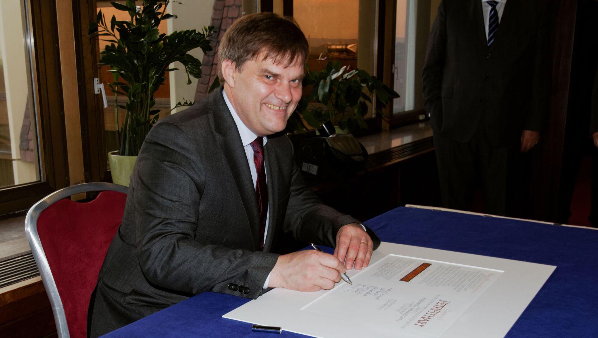 Bývalý velvyslanec v Německu Rudolf Jindrák. Zmocněnec pro konzultace s Ruskem - Sputnik Česká republika, 1920, 18.04.2021