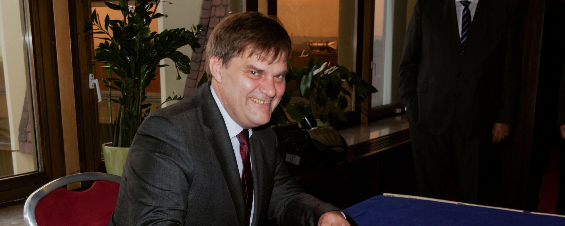 Šéf zahraničního odboru prezidentské kanceláře Rudolf Jindrák. - Sputnik Česká republika, 1920, 09.05.2021
