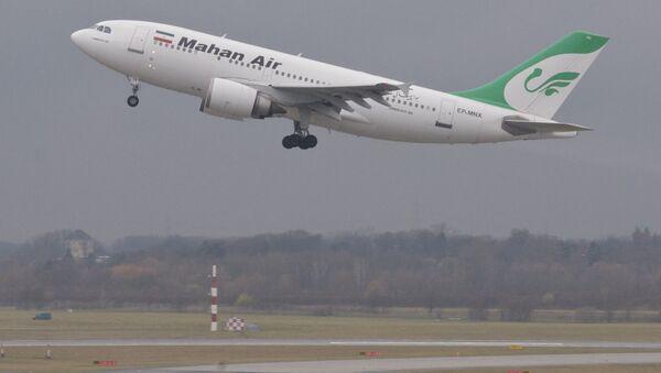Letadlo společnosti Mahan Air - Sputnik Česká republika