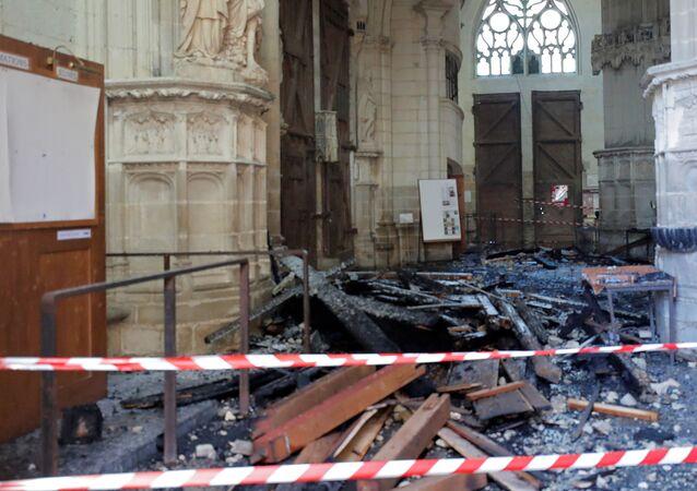 Katedrála v Nantes po incidentu