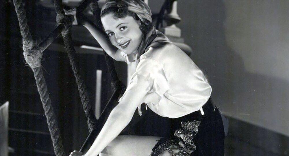 Olivia de Havilland, 1935.