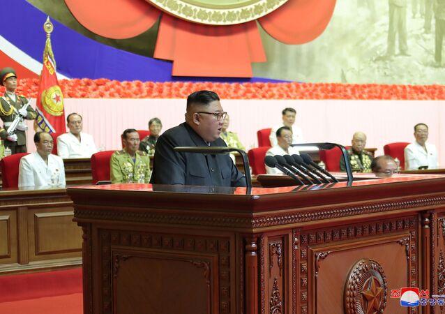 Severokorejský lídr Kim Čong-un na 6. republikovém sletu veteránů Korejské války