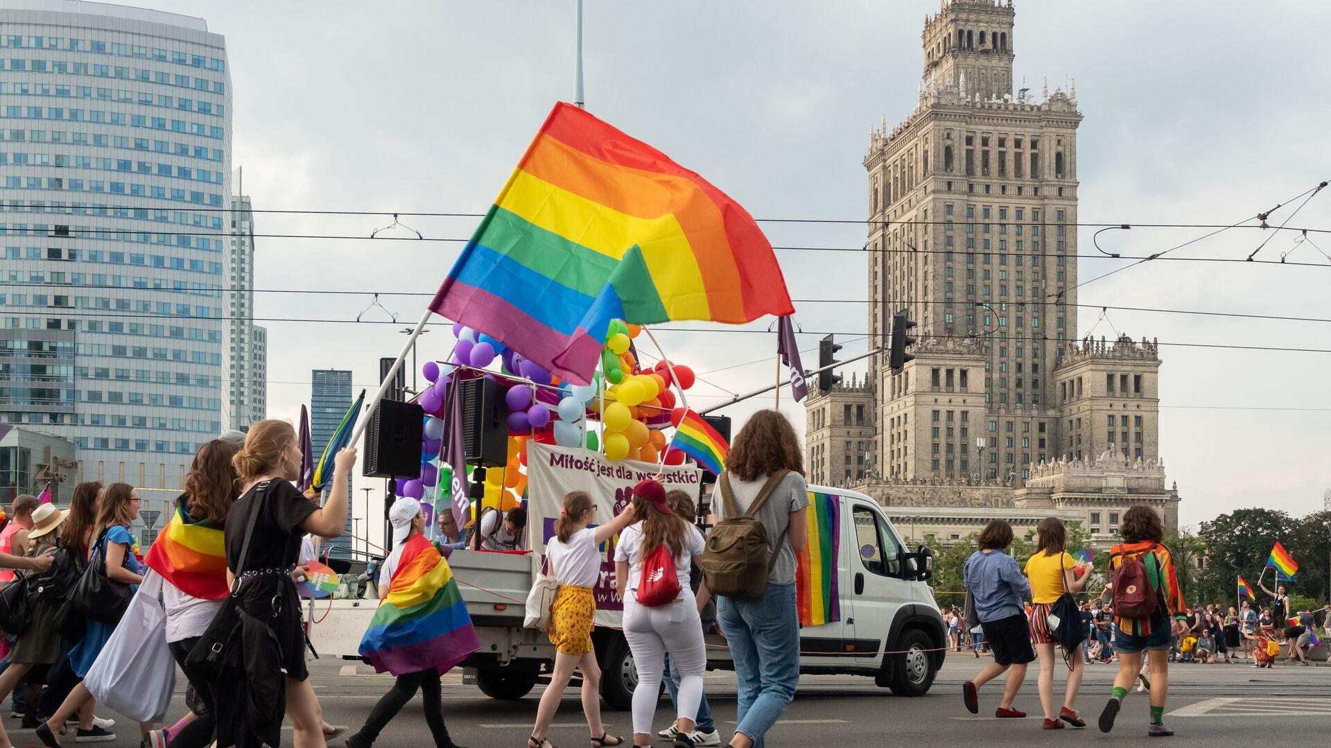 Pohod LGBT ve Varšavě - Sputnik Česká republika, 1920, 05.08.2021