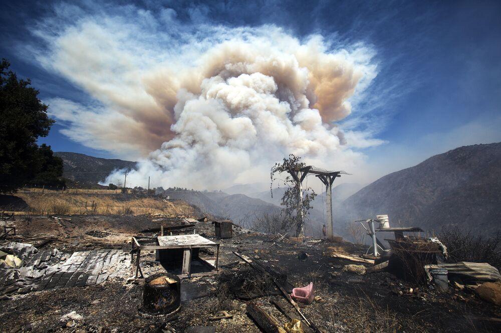 Kouř z kalifornských požárů