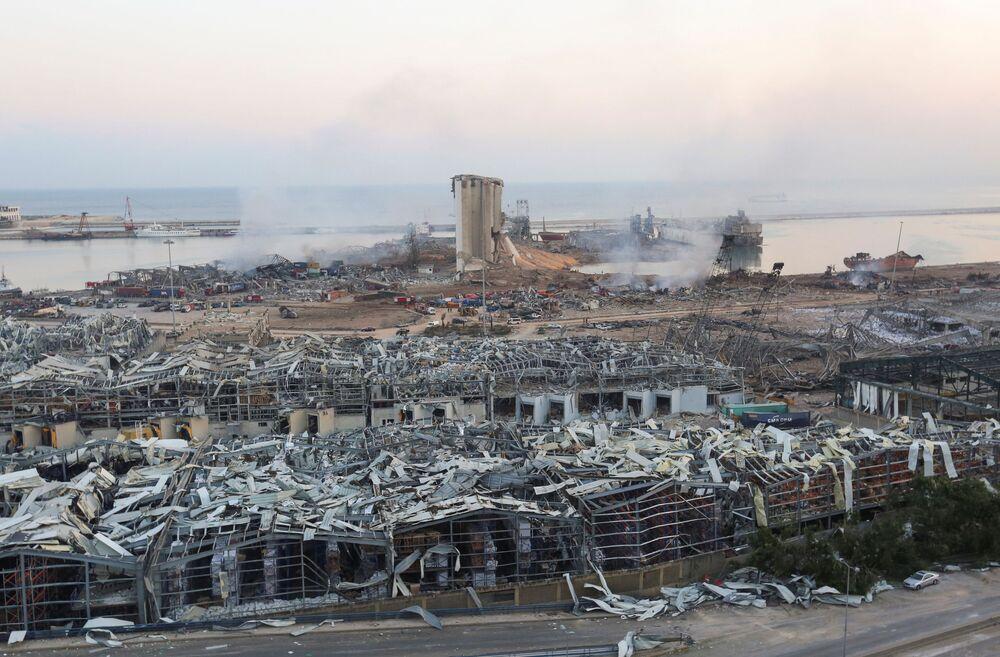 Pohled na přístav v Bejrútu po výbuchu