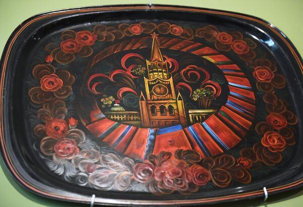 Malovaný podnos Žostovského muzea - Sputnik Česká republika