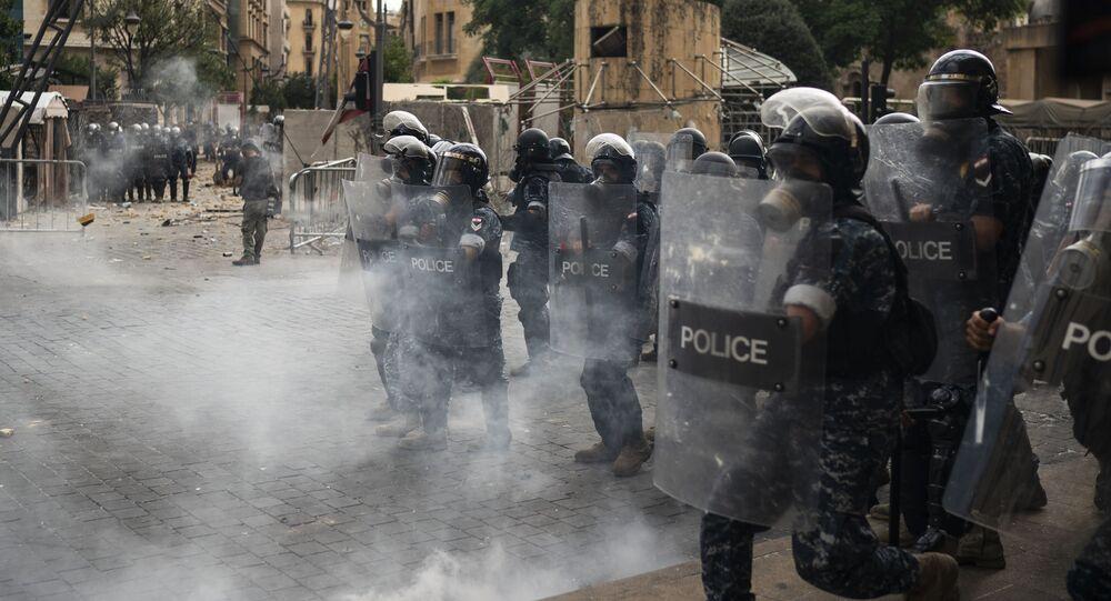 Protesty v Libanonu vstoupily do horké fáze