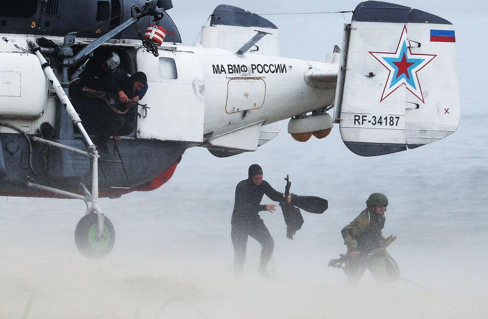Cvičení Baltského loďstva ruského námořnictva