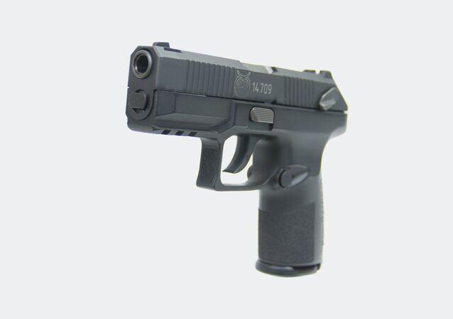 Nová ruská služební pistole Poloz ráže 9x19