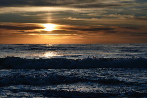 Západ slunce nad Baltským mořem. - Sputnik Česká republika