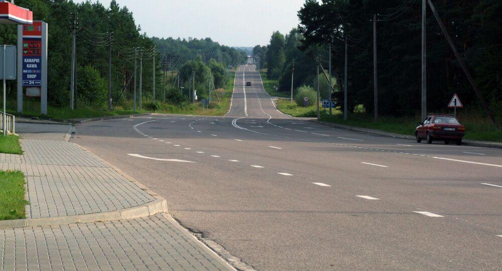 Silnice na polsko-litevské hranice. Ilustrační foto