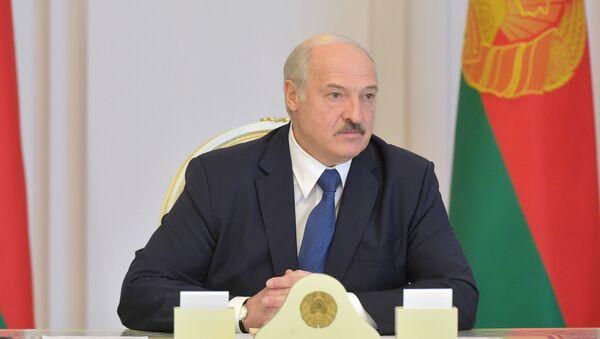 Президент Белоруссии Александр Лукашенко во время выступления в Совете безопасности в Минске - Sputnik Česká republika