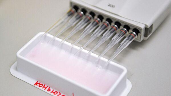Studie vakcíny proti covidu-19 v Gamalejově centru - Sputnik Česká republika