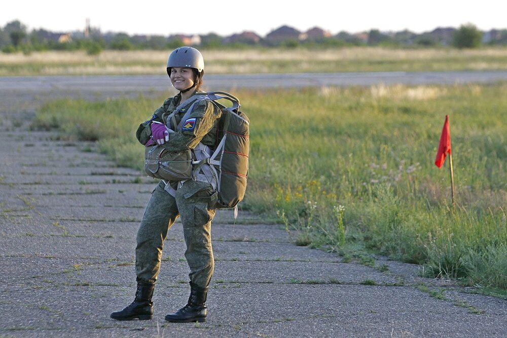 Milující, nebo? Ruské pilotky se připravují na budoucnost