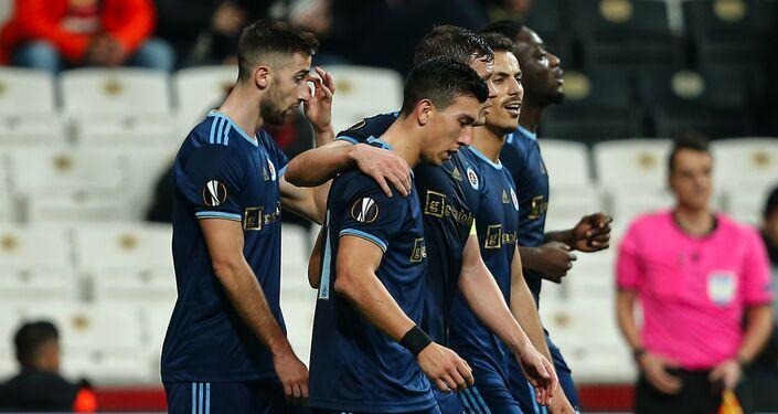 Hráči Slovanu Bratislava při zápase proti Besiktasi v Istanbulu