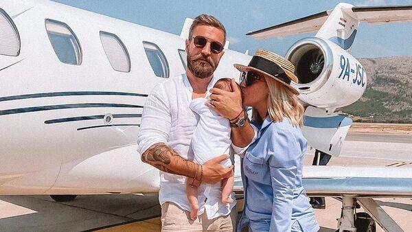 Dominika Cibulková se synem a manželem Michalem - Sputnik Česká republika