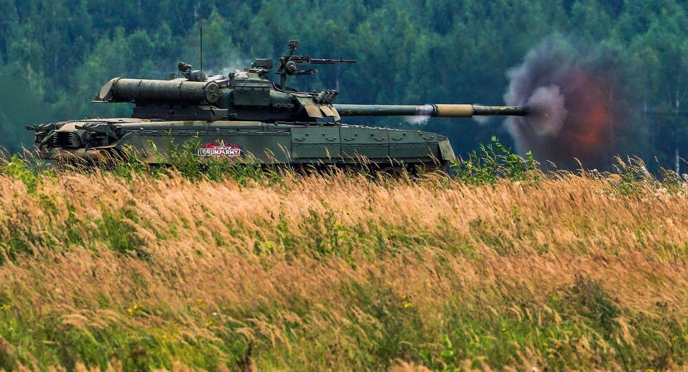 Tank T-72B3 na fóru Armáda 2020