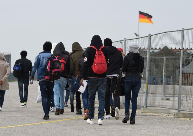Migranti přijíždějící do Evropy. Ilustrační foto 2016