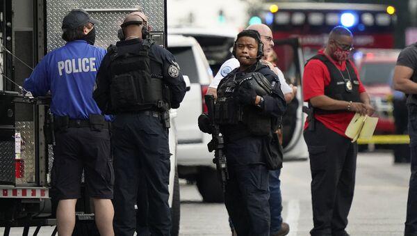 V americkém St. Louis v důsledku přestřelky zemřel policista - Sputnik Česká republika