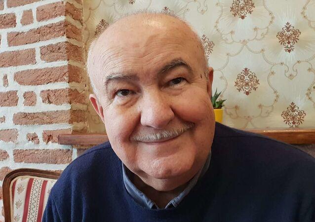 Zpěvák a skladatel Petr Hannig