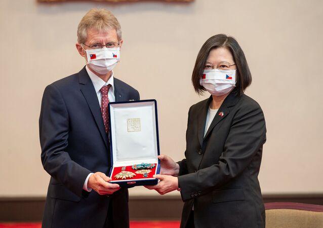 Setkání předsedy českého Senátu Miloše Vystrčila s tchajwanské prezidentkou Cchaj Jing-wenovou