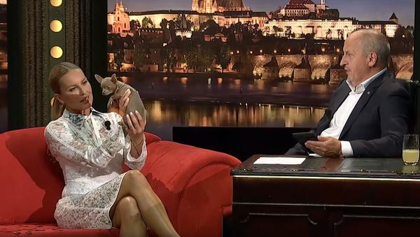 Modelka Simona Krainová v Show Jana Krause - Sputnik Česká republika