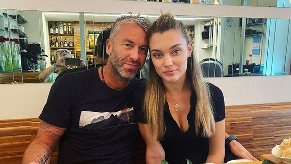 Petr Nedvěd s manželkou Nicole - Sputnik Česká republika