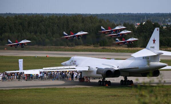 Nejnebezpečnější ruské bojové letadlo podle amerického časopisu - Sputnik Česká republika