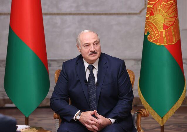 Běloruský prezident během rozhovoru s ruskými novináři v Minsku (08. 09. 2020)