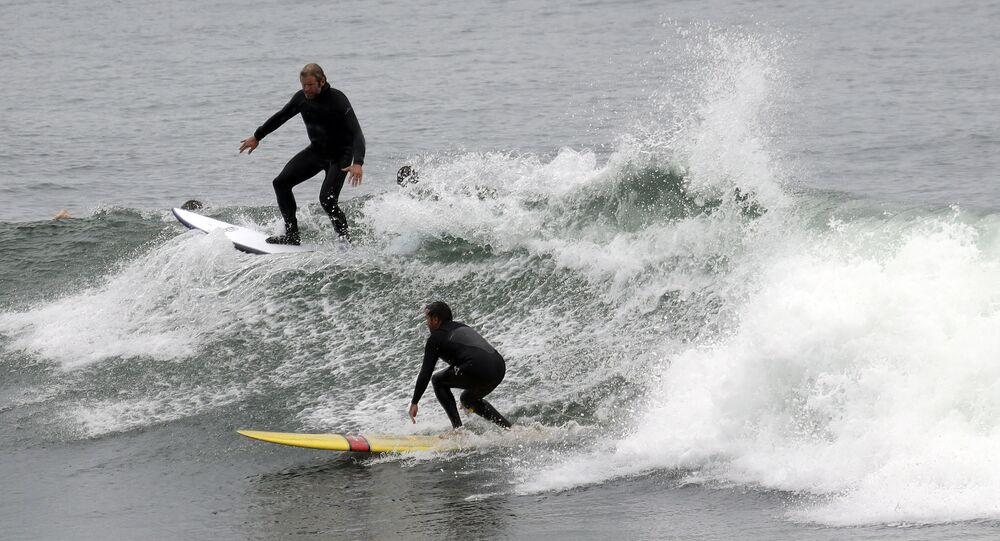 Surfaři v Kalifornii