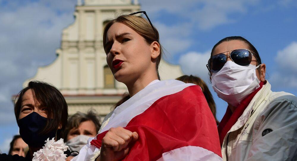 """Účastnice nepovoleného """"ženského pochodu"""". Minsk, Bělorusko (12.09.2020)."""