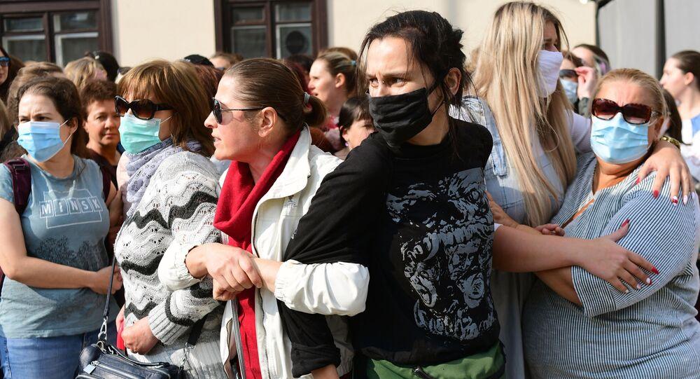 Účastnice tzv. ženského pochodu v Minsku (12.09.2020)