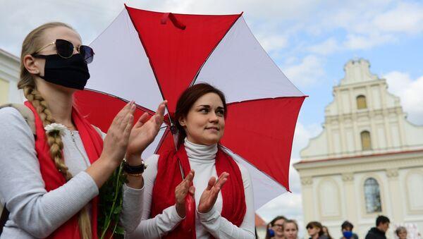 Protestní akce žen  v Minsku - Sputnik Česká republika