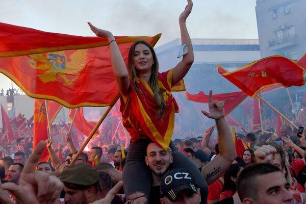 Demonstranti po parlamentních volbách v Podgorici v Černé Hoře - Sputnik Česká republika