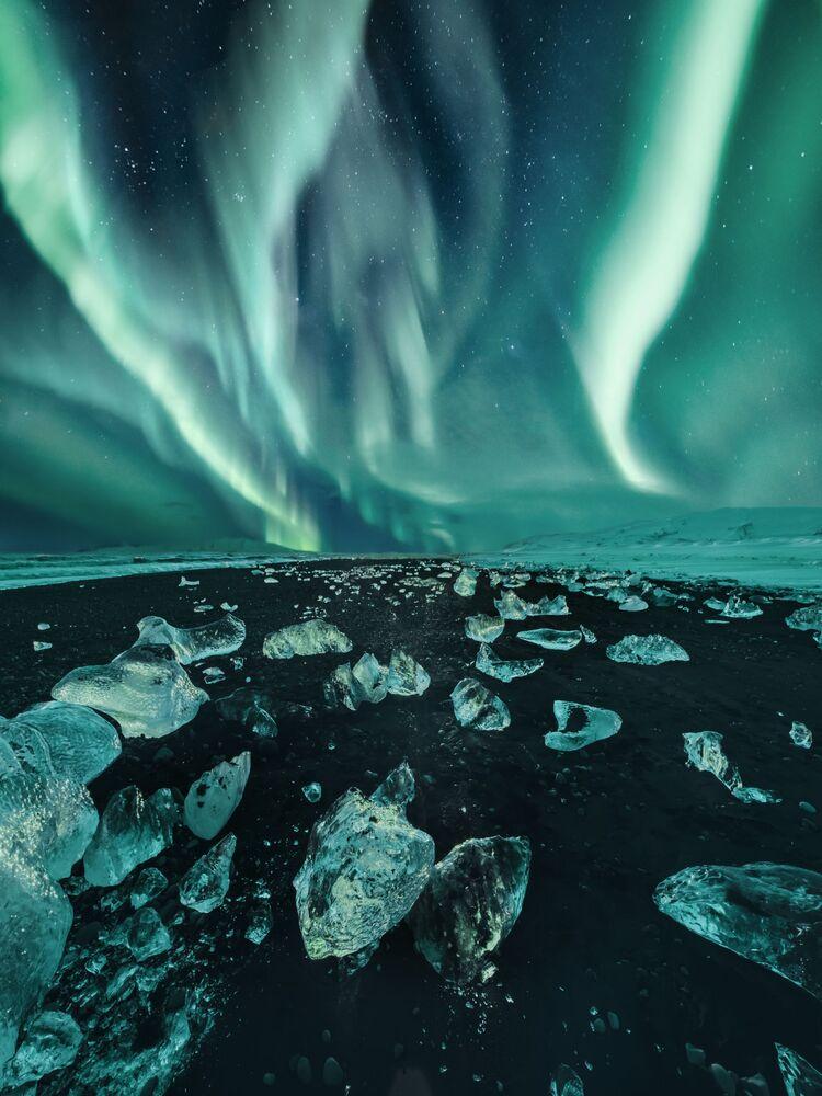 Snímek Iceland ruské fotografky Kristiny Makeeve, vysoce ceněný v kategorii AURORAE soutěže Insight Investment Astronomy Photographer of the Year 2020