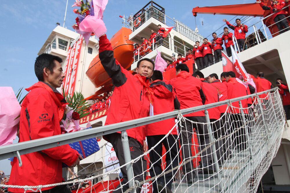 Čínští vědci na palubě ledoborce Xue Long