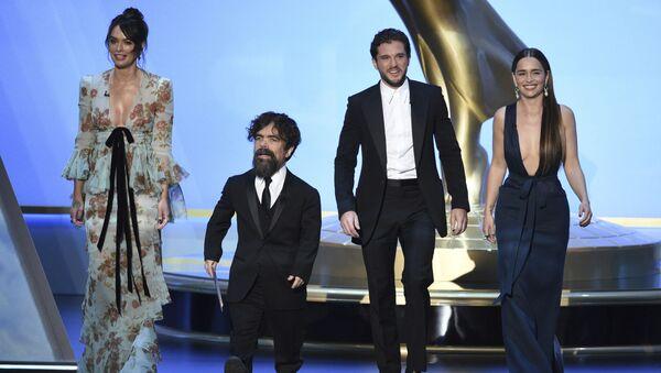 Hvězdy seriálu Hra o trůny na předávání cen Emmy - Sputnik Česká republika